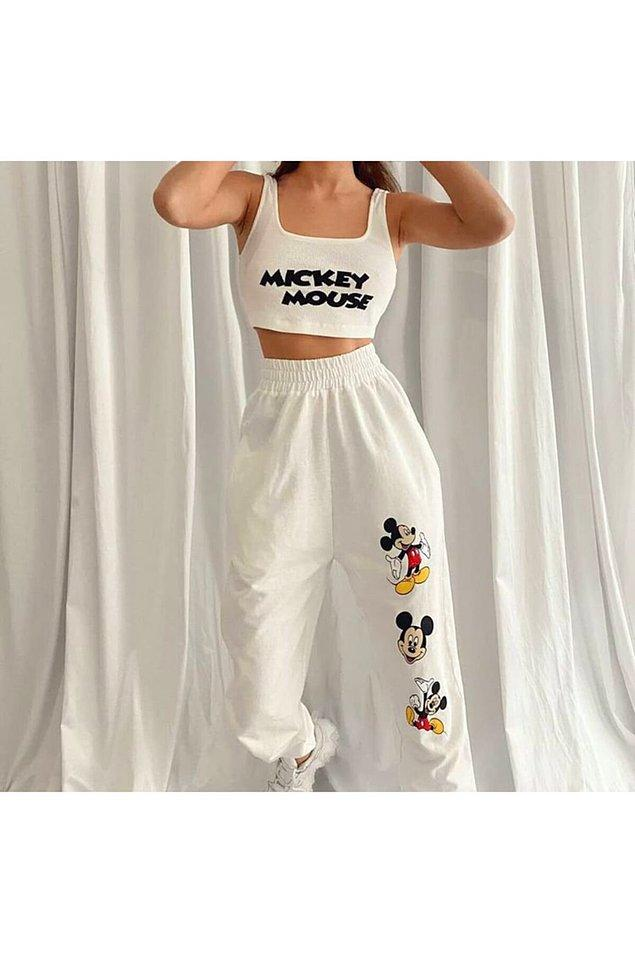 11. Yazlık eşofman takımı arayanlar için çok sevimli Mickey Mouse karakterli bir takım.