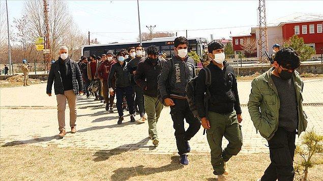 Günde bine yakın Afgan Türkiye'ye geçiyor