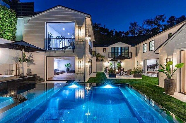 Şimdi en merak edilen soruyu yanıtlayalım: Bu güzel malikanenin kirası aylık 80 bin dolar!
