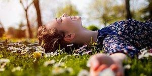 Hayatın Her Alanında Doğal Olmak Mümkün mü? Çevrenize Doğal Bir İzlenim Bırakmanın 10 Altın Anahtarı