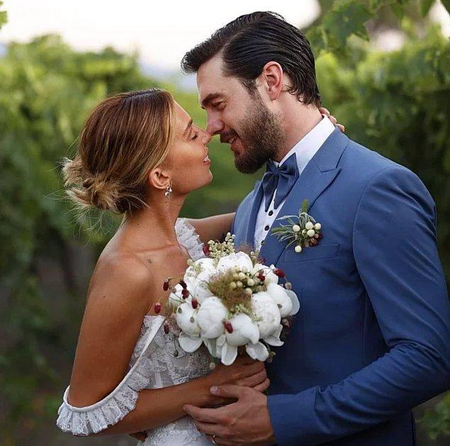 6. Geçtiğimiz günlerde evlenen İsmail Ege Şaşmaz'ın eşi Hande Ünsal'a 5.güne özel çiçek göndermesi sosyal medya kullanıcıları tarafından komik karşılandı!