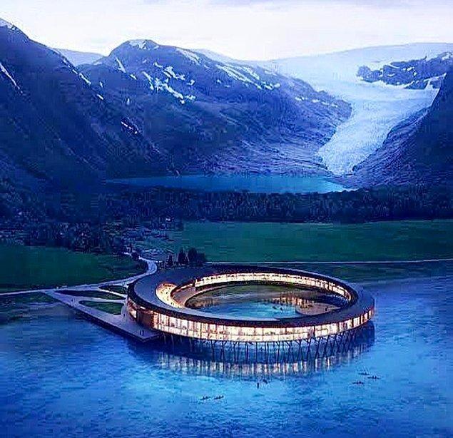 20. Svart Hotel - Norveç
