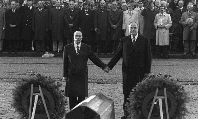 1. François Mitterrand ve Helmut Kohl