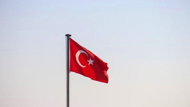 Türkiye'de en çok kullanılan emojiler ise şöyle: 😂, ❤️, 🙏, 😏.