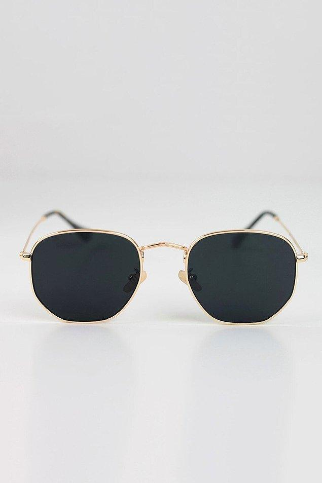 3. Klasik bir gözlük modeli için;