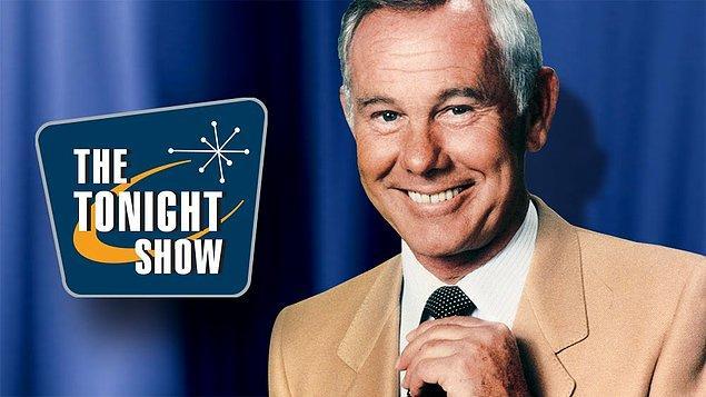 """9. Televizyon programcısı ve komedyen Johnny Carson'ın """"The Tonight Show""""da yaptığı şakaların yüzde 90'ı maalesef kayıp..."""