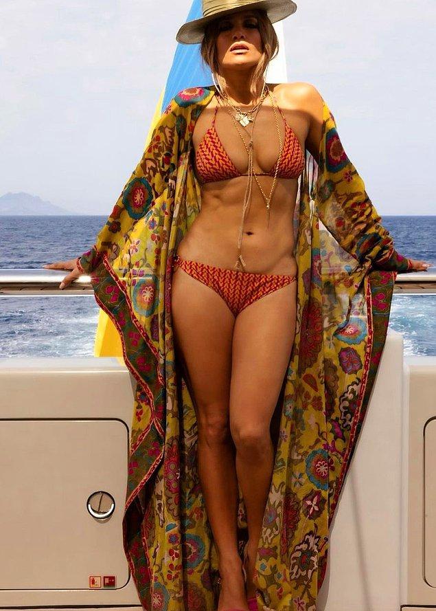 1. Jennifer Lopez: