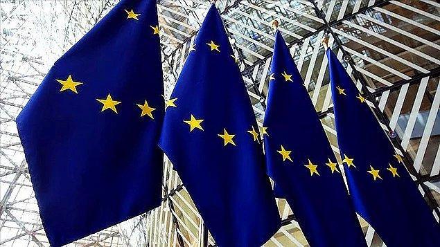 Bunun yanı sıra Avrupa Birliği'nin de sığınmacıları sınırlarından uzak tutmak için bir yardım paketi hazırladığı bilgisi verildi.