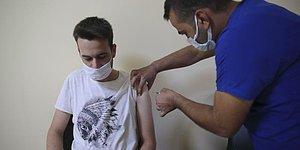 Valilik Düşük Aşılama Oranları Karşısında Harekete Geçti: Şanlıurfa'da Aşı Olan Gençlere Hediye