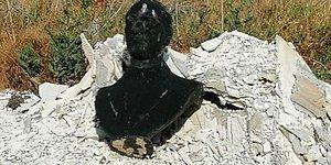 Afyonkarahisar'ın Şuhut İlçesinde Atatürk Büstünü Çöpe Attılar