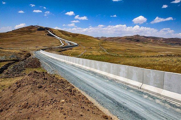 Van'ın İran'a olan sınırının tamamına duvar örüleceğini belirten Bilmez, şöyle devam etti: