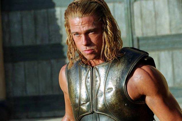 """12. Yine Brad Pitt ama bu sefer """"Troy"""" filminde..."""