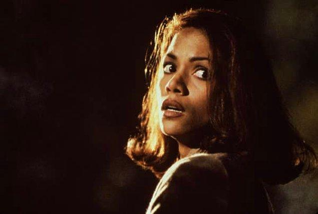"15. Yine Halle Berry ama bu sefer ""The Rich Man's Wife"" filminde..."