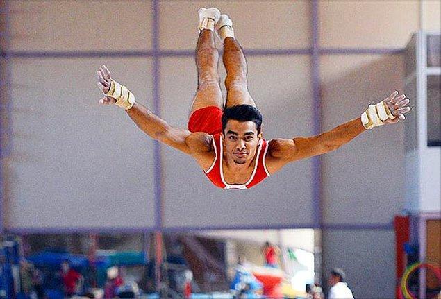 Arıcan, Rio 2016'da 108 yıl aranın ardından, Aleko Mulos'tan sonra Türkiye adına Olimpiyatlar'da mücadele edecek ikinci erkek jimnastikçi olmuştu.