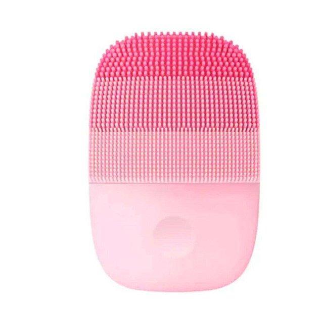 12. İşlevsel ve etkili bir yüz temizleme cihazı.