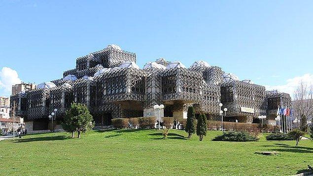 9. Kosova Ulusal Kütüphanesi