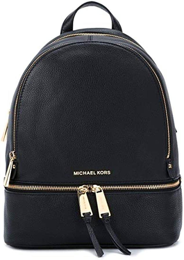 6. Michael Kors sırt çantası yaz kış kullanabileceğiniz bir parça...