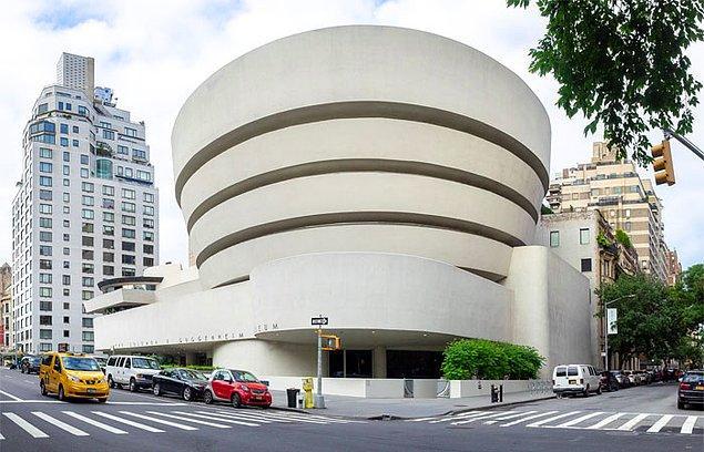 14. Solomon R. Guggenheim Müzesi, ABD