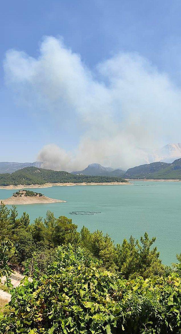Isparta Yazılı Kanyon'da yangın çıktı 👇