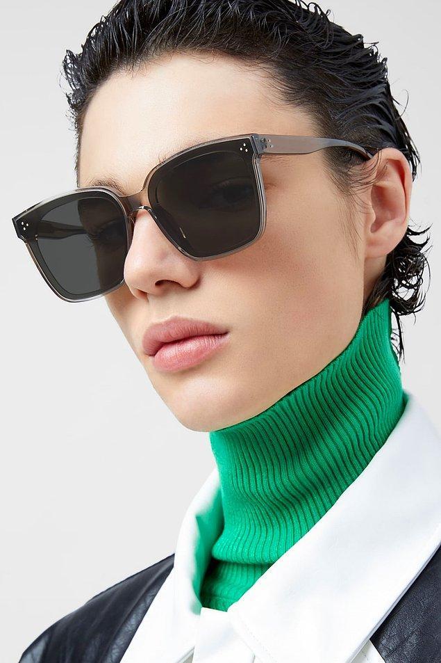 11. Büyük gözlük modelleriyle ortamların konuşulan ismi siz olabilirsiniz. 🤩