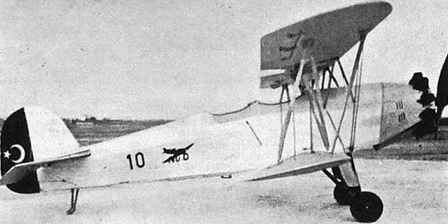 Tarih II. Dünya Savaşı yıllarını gösterdiğinde ise uçak üretimimiz durur. Ancak yine Cumhuriyet yıllarında sadece devletin değil özel teşebbüsün de uçak üretimi ile ilgilendiğini görürüz.
