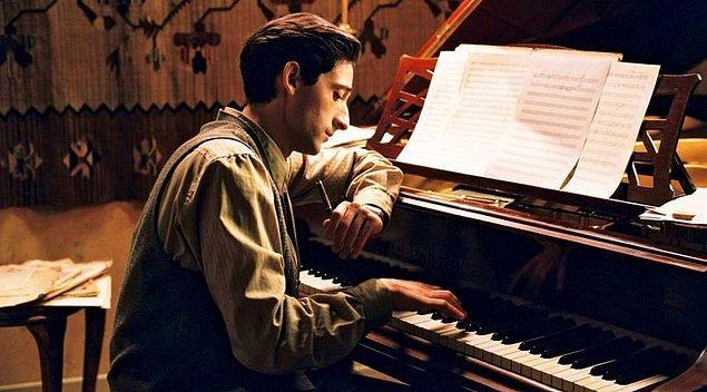 12. Piyanon olması seni piyanist yapmaya yetmez.