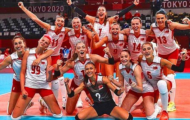 '2020 Tokyo Olimpiyatları'nda bizleri gururlandıran A Milli Voleybol Kadın Takımımızın oyuncularını tanıtacağız size sırayla.' demiştik hatırlarsanız...