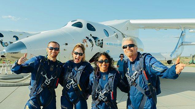 Virgin Galactic şirketinin tüm ekiple yaptığı test uçuşlarının başarılı olmasıyla beraber uzaya yolculukta bilet fiyatları 200 bin dolardan 450 bin dolara fırladı!