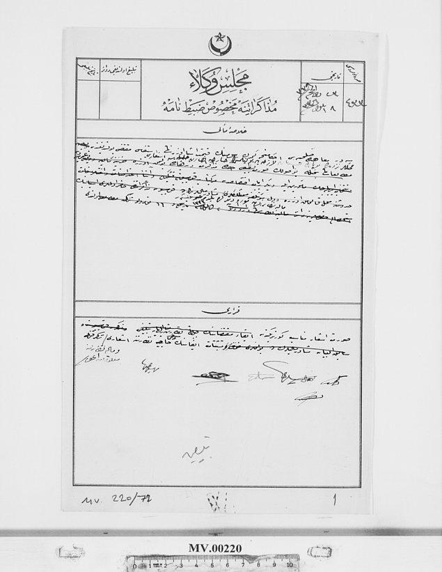 Bu da düşman kuvvetlerinin gümrük vergisi topladığına dair bir belge. Sevr Antlaşması gereğince;  verginin eşyanın gümrük kıymeti üzerinden alınacağını gösteren belge.