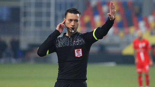 Beşiktaş ile Çaykur Rizespor arasındaki açılış maçında Zorbay Küçük düdük çalacak.