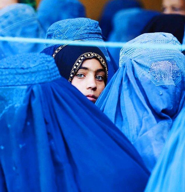 7. Ünlü isimlerden Afgan kadınlarına olan destek kampanyası büyümeye devam ediyor!