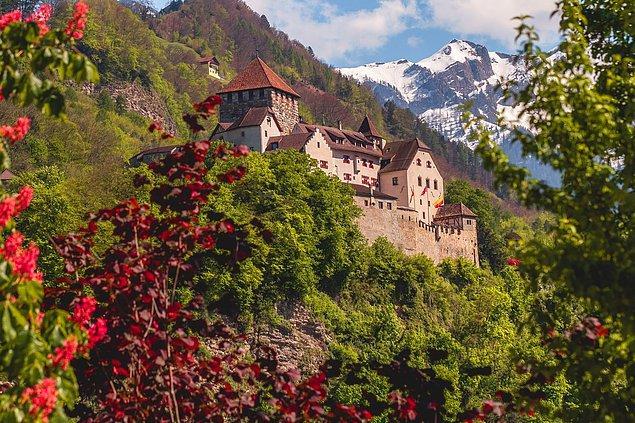 6. Bahsedeceğimiz son küçük ülkeyse Liechtenstein...