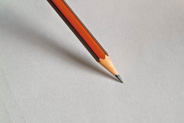 1. İnsan vücudu 200 kurşun kalem yapmaya yetecek kadar karbon üretebilir.