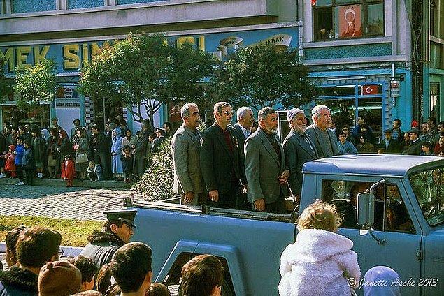 18. Gaziler geçit töreninde, Çanakkale, 1982.