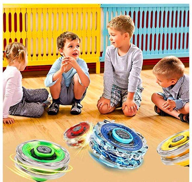 29. Bu Amazon reklamında oyuncakların gerçekçi olmamasını da geçtim, çocuklar bile başka yere bakıyor.
