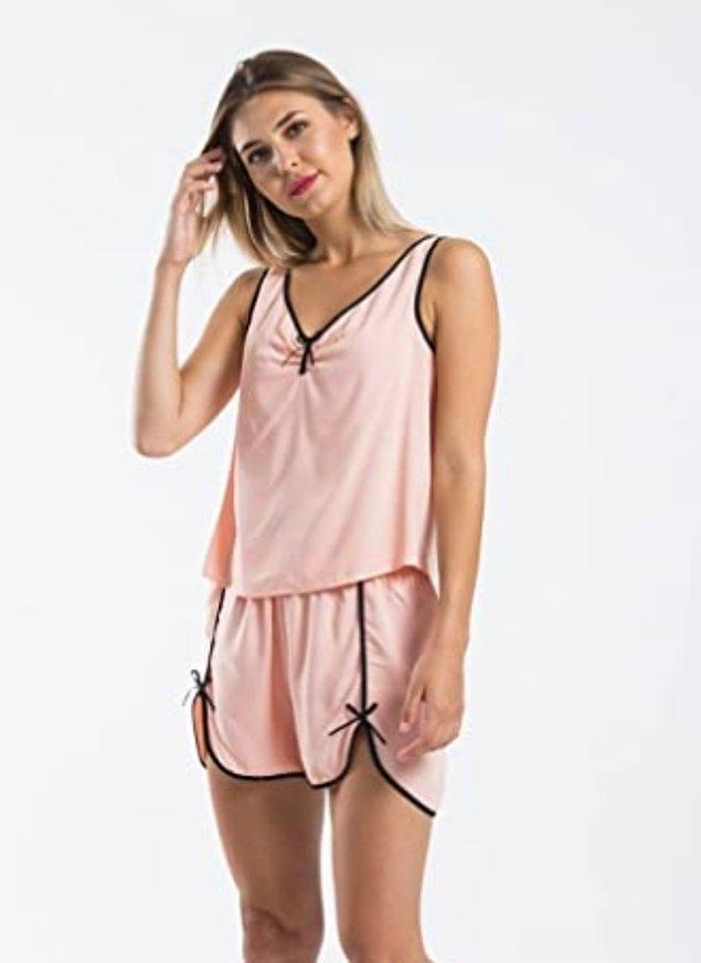 21. Yazlık şortlu pijama takımı alın, seneye de giyersiniz! 😄