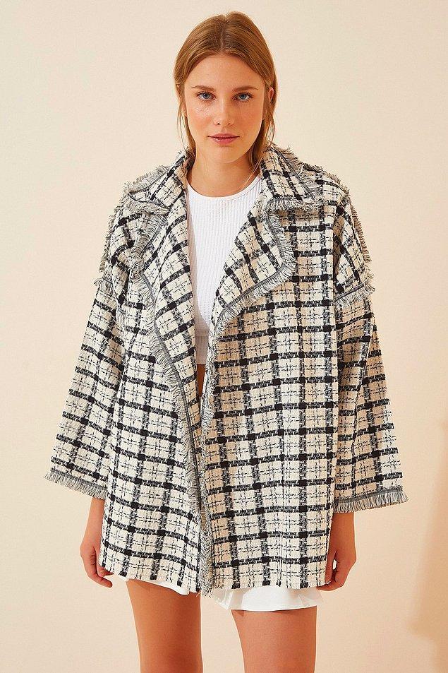 4. Serin sonbahar günlerinize tarz katacak harika bir ceket. Oversize modasına da uygun...
