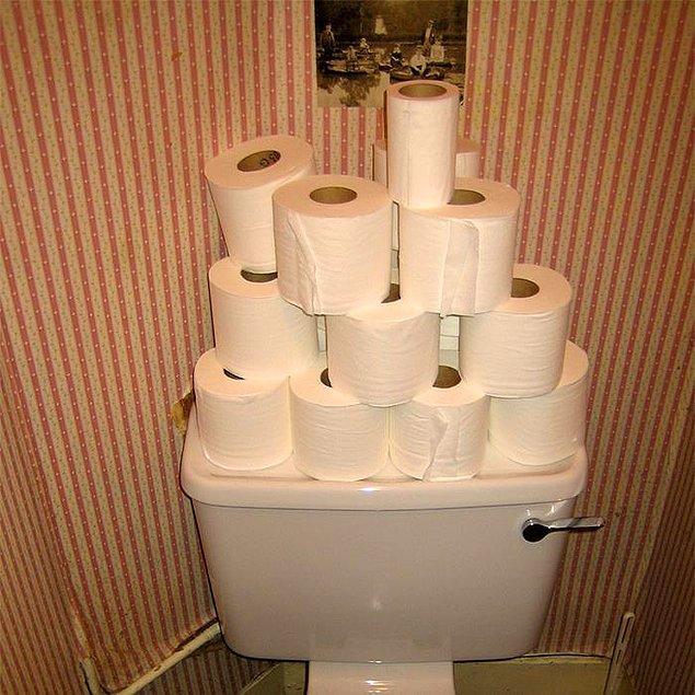 """12. """"Aşırı tuvalet kağıdı kullanıyor, anlatamam."""""""