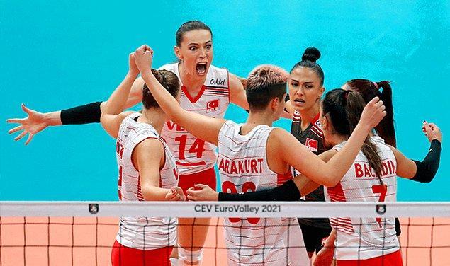 Turnuvada sadece tek maç kaybederek Avrupa 3.sü olarak şampiyonayı tamamlayan milli sporcularımız hepimizi gururlandırmıştı.