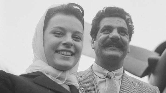 Eşi Hafize Hanım'ı erken yaşta kanserden kaybettiği için çocuklarına hem anne hem de baba olmuş.