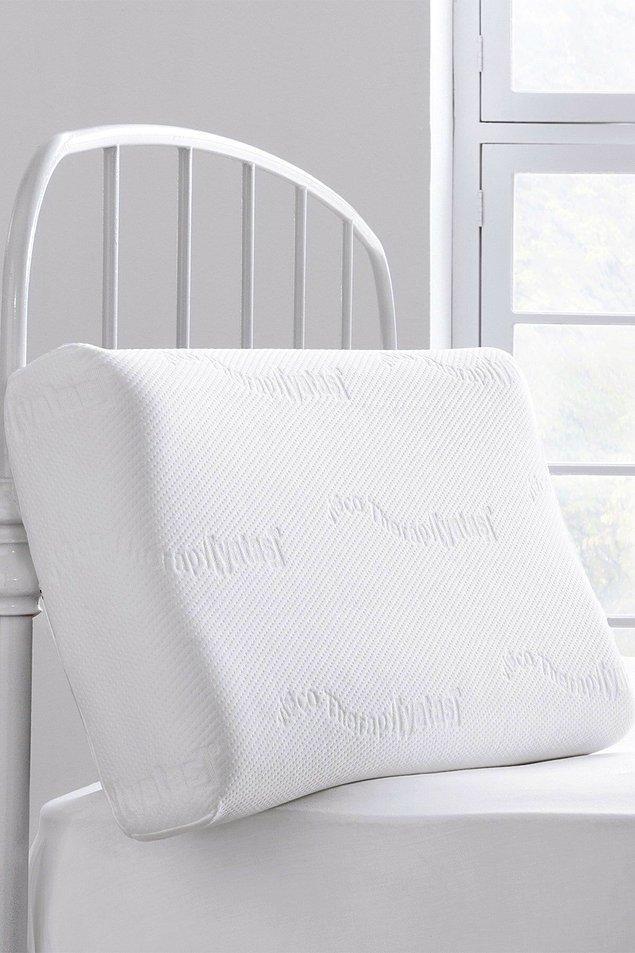 9. Boyun ağrılarınızı hafifletecek etkili bir yastık.