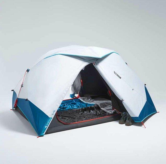 1. Kaliteli ve kullanışlı bir çadır kampın en önemli noktalarından biri. İyi bir uyku için iyi bir çadır şart. Quechua Fresh&Black en iyilerden...
