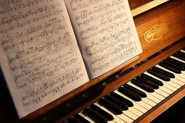 Piyano çıktı!