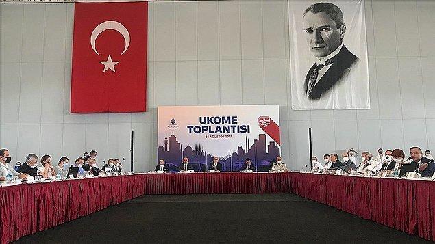 6. İstanbul Büyükşehir Belediyesi Ulaşım Koordinasyon Merkezi toplantısında İBB'nin 1000 yeni taksi plakası teklifi defalarca reddedildi.
