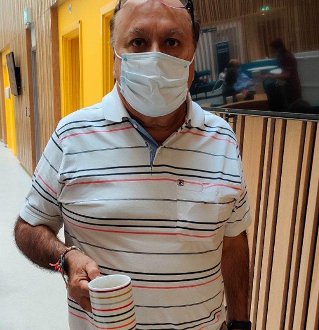 """19. """"Hastanedeki kahve kupaları babamın kıyafetine tam uyuyor."""""""