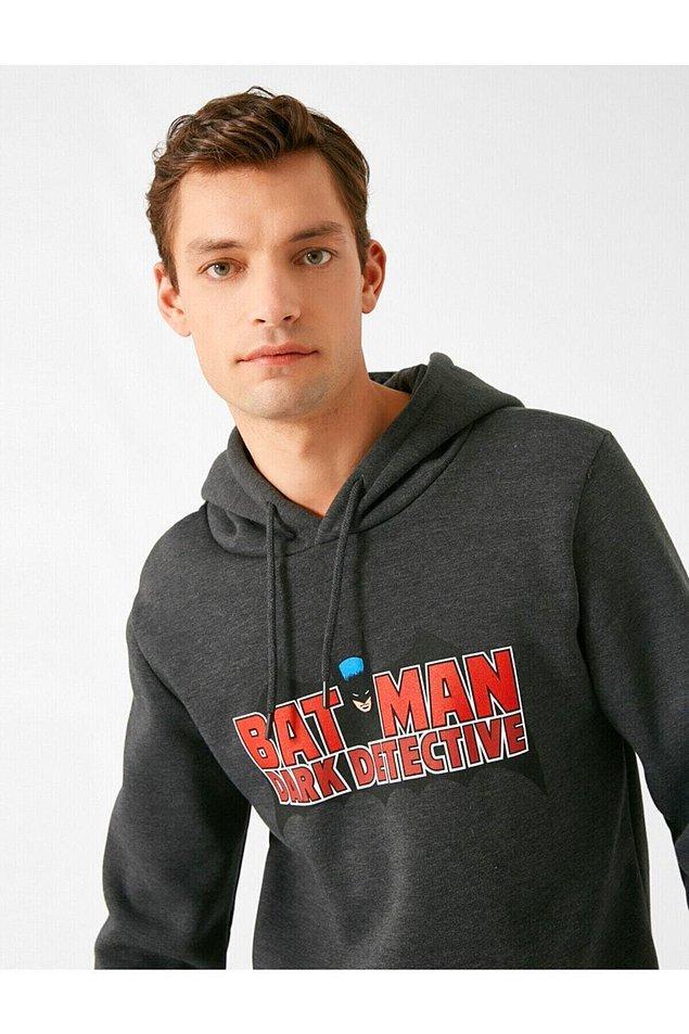 20. Koton erkek ürünlerinde de başarılı bir marka. Batman sweatshirt gençler ve kendini genç hisseden beyler için...