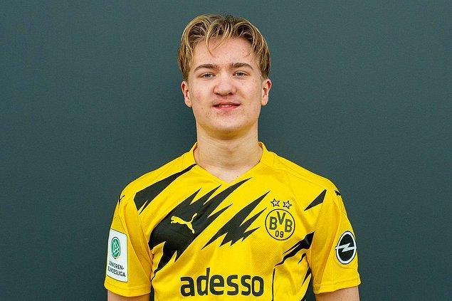 11. Dortmund'un geleceği Julian Rijkhoff.