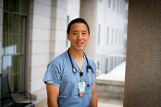 Sadece 37 yaşında 3 farklı alanda oldukça başarılı bir kariyer yapan Jonny Kim!
