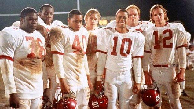 6. Remember the Titans (Unutulmaz Titanlar) IMDb 7.8
