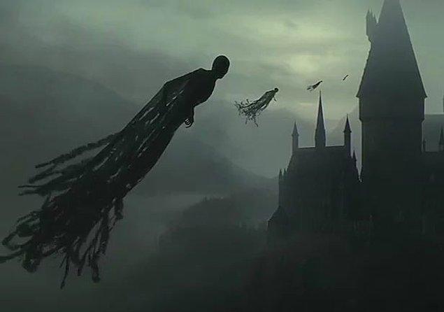 Harry Potter'daki ruh emici Dementor, Kim Kardashian'ı görüne diz çöküp tövbe isteyebilir!
